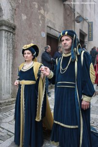 New Arnolfini spouses medieval parade in Erice
